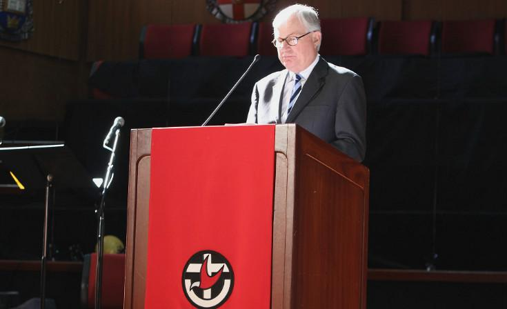 Commissioner Peter McClellan addresses gathered members at the 14th Triennial Assembly of the Uniting Church.